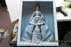 2000 Barbie Wedgwood England Doll Blue Dress Limited Edition NRFB