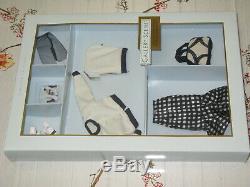 2002 Silkstone Fashion Model Barbie Gallery Scene Fashion Limited Edt 53871 NRFB