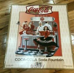 Barbie Coca-Cola Soda Fountain Limited Edition #26980 2000 NRFB