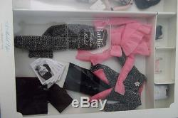 Barbie Fashion Model Collection Model Life Giftset Brooch, Earrings & Doll