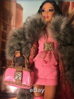 Kimora Lee Simmons Barbie Nib 2007 Gold Label Limited Ed. 12,500 Worldwide
