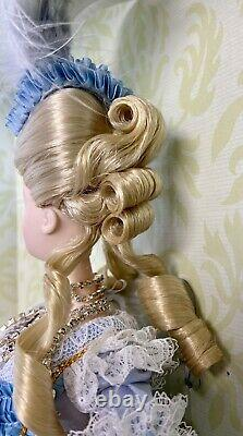 MIB 2003 Marie Antoinette Barbie Doll Deluxe Limited Woman of Royalty