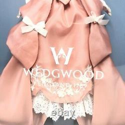 2000 Mattel Wedgwood England 1759 Poupée Barbie Collectible #50823 Edition Limitée