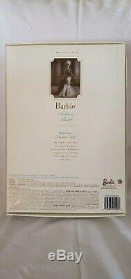 2002 Capucine Silkstone Barbie Doll Nrfb Avec Shipper Limited Edition B0146