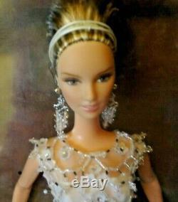 2003 Gold Label Limited Edition Badgley Mischka Bride Barbie Doll # B8946