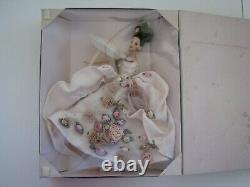 Antique Rose Barbie (1996) Fao Schwarz Limited Edition Floral Collection 15814