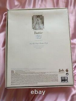 Barbie 2000 Dans La Collection De Modèles De Mode Rose Edition Limitée Mib