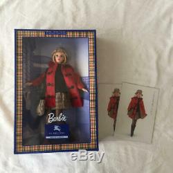 Barbie Burberry Nib Édition Limitée Blue Label