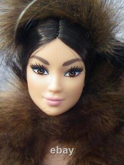 Barbie Chewbacca Fausse Fourrure Star Wars X 2020 Mattel Gmm96 Platinium Édition Limitée