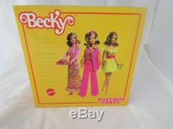 Barbie Collector Becky Plus Mod Party Doll Gift Set Nouveau Dans 2009 Limited Ed