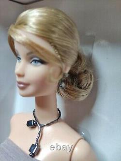 Barbie Collectors Edition Limitée, Giorgio Armani, Designer, Nrfb
