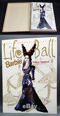 Barbie De Collectionneur Ed Life Limited De 1998 Par Vivienne Westwood Dans Une Boîte En Bois Nrfb