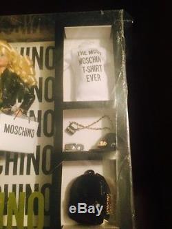 Barbie Moschino Blonde En Édition Limitée Épuisé! Plume