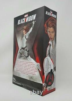 Barbie Noir Widow Costume Blanc Marvel Edition Limitée Poupée Avec Support
