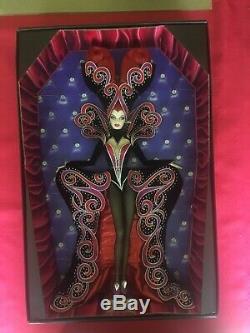 Bob Mackie Comtesse Dracula Gold Label Barbie Edition Limitée