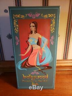 Bollywood Madrid Première Barbie De 2016 Convention Mfdc Nrfb Limitée À 100