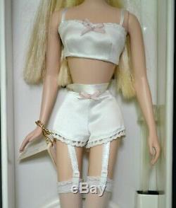 Corps De Barbie Fashion Model Collection Lingerie Silkstone 26930 Blond Limitée