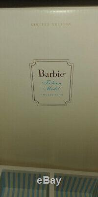 Garde-robe Barbie Porter Mannequin Case Silkstone 2003 Limited Edition