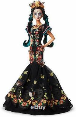Jour Barbie Des Morts Dia De Los Muertos Doll Limited Edition Dans La Main