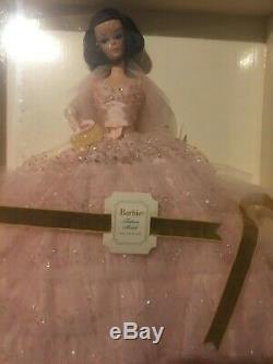 Limited Edition Silkstone Barbie Dans Le Modèle Rose De Mode Collection