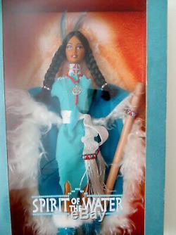 Lot De 2 Esprit De La Terre 2001 Water Spirit Barbie Doll Limited Edition Misb
