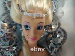 Madame Du Barbie Dixième D'une Série D'une Édition Limitée Par Bob Mackie Inutilisé