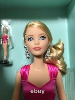 Mattel Barbie Convention Au Japon 2017 Barbie Gold Label Limitée À 900 Inutilisés