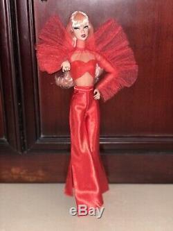 Mattel Barbie Convention Japon 2020 Limited Edition Platinum Étiquette -fashion Seulement