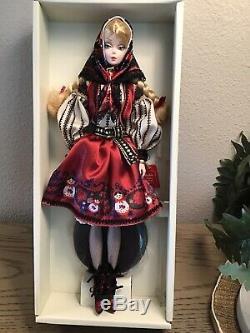 Mila Silkstone Barbie Limitée