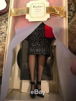 Modèle De Mode Barbie En Édition Limitée Silkstone Créateur De Mode Fao Schwarz