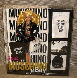 Moschino Poupée Barbie Nrfb Version Blonde Designer Édition Très Limitée