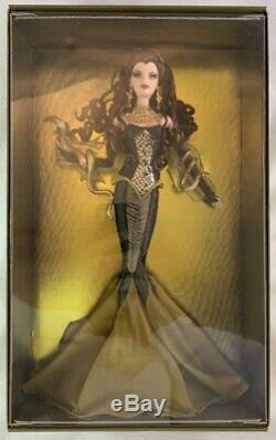 Nib 2008 Label Limited Edition Or Medusa Barbie Doll