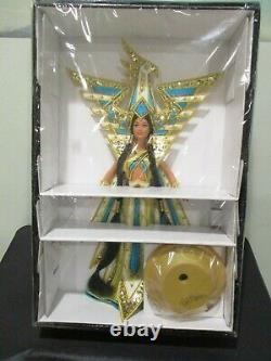 Nrfb 2000 Bob Mackie Fantasy Déesse Des Amériques Barbie # 25859 Limitée W Coa