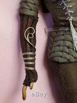 Poupée Barbie Trésors De L'afrique Nne Byron Lars Limited Edition 2005