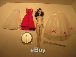 Poupée En Porcelaine Édition Limitée 1988 Benefit Performance De Barbie