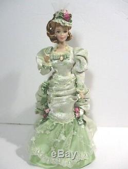 Poupée Victorienne En Porcelaine Barbie Mint Memories Dans Son Écrin D'origine, Édition Limitée. 1998
