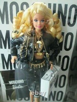 Rare Moschino Barbie Onf Seulement 2000 Dans Le Monde Entier Limited