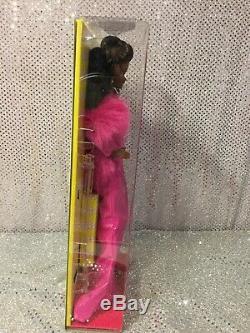 Rare Moschino Met Gala 2019 Poupée Barbie Aa Limitée À 200 Pièces Nrfb Neuf