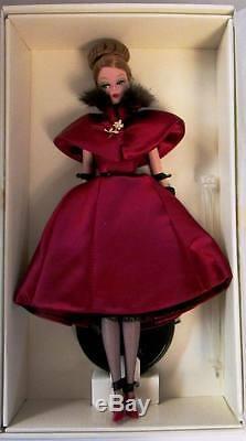 Ravissante Poupée Barbie Rouge (collection De Modèles De Mode) (édition Limitée) N