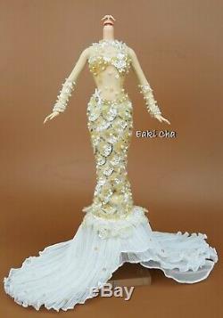 Robe De Poupée Barbie Sirène Enchantée Sans Tête, Édition Limitée: Support, Sans Boîte