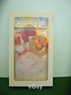 Silkstone Barbie Garden Party Tenue De La Mode, Nrfb- 2000 Limited Edition