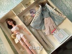Silkstone Continental Vacances Barbie Doll Giftset. Édition Limitée. 31