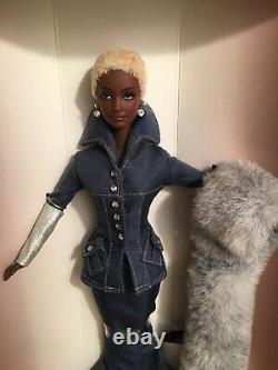 Vintage Barbie Indigo Obsession Doll Limited Edition Par Byron Lars 2000
